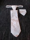 Francúzska kravata s vreckovkou,