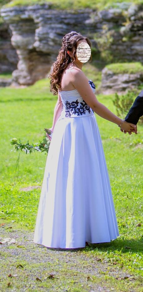 Svadobné šaty s ručne zdobeným korzet 38 - 40 - 42 - Obrázok č. 3