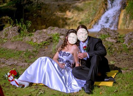 Svadobné šaty s ručne zdobeným korzet 38 - 40 - 42 - Obrázok č. 2