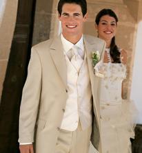 oblek pro ženicha - naprosto dokonalý :-)