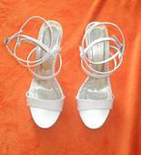 snehobiele sandalky, 38