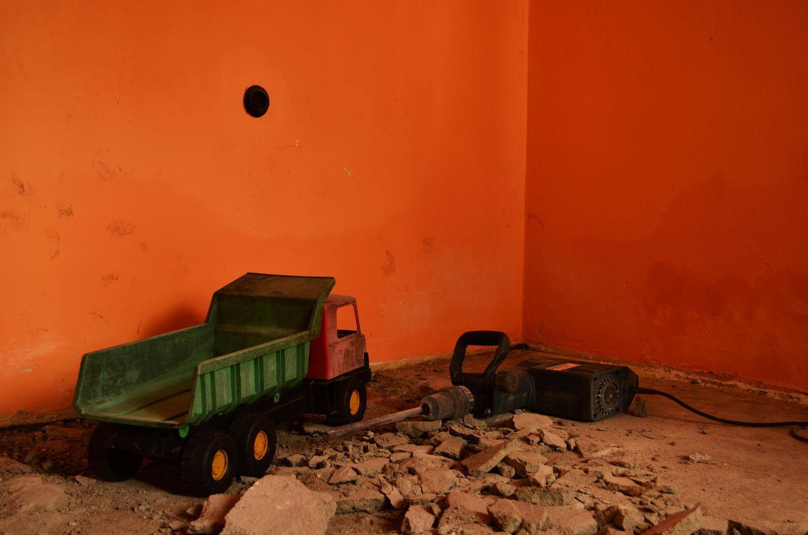 V zelenom dome - Nastupuje ťažká stavebná technika