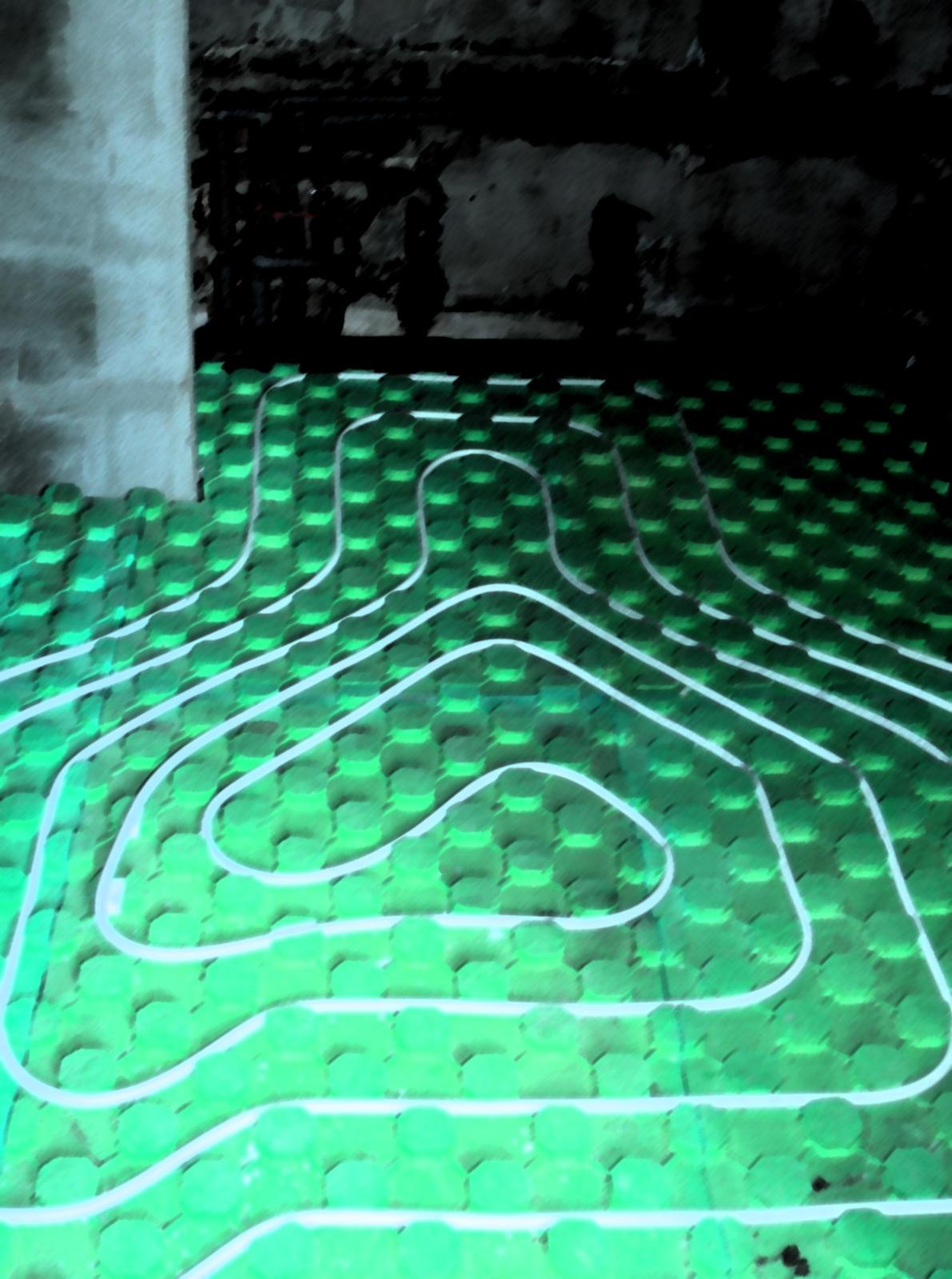 V zelenom dome - podlahovka v kupelni