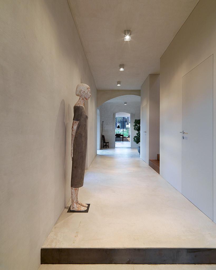 Nové v starom alebo moderné rekonštrukcie - Biela vnútri