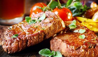 Večerní grilování - kuřečí, panenka, T-bone steak, roštěná .....