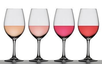 I víno v barvách ladíme.... Z Italských vinic :)