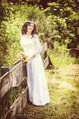 Biele svadobné-spoločenské šaty, 36
