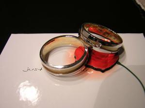 Naše snubní prstýnky