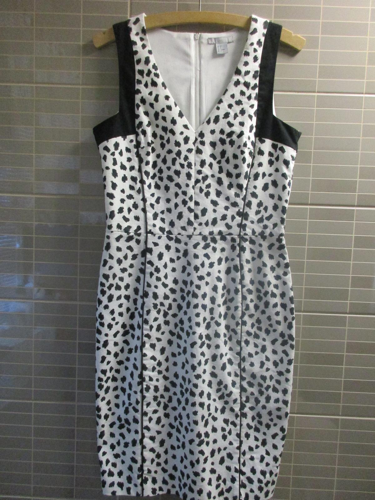 Vzorované šaty - Obrázek č. 1
