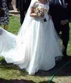 Svatební šaty originál, 38