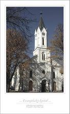Kostolik,kde by sme si mali 23.6.2007 o15:00 povedat svoje ANO!
