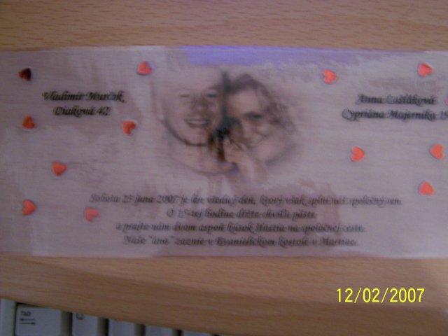 23.6.2007 - Nase oznamko v konecnej podobe!Fotky niesu moc dobre,lebo je to pries.papier,ktory sme potom zalaminatovali.