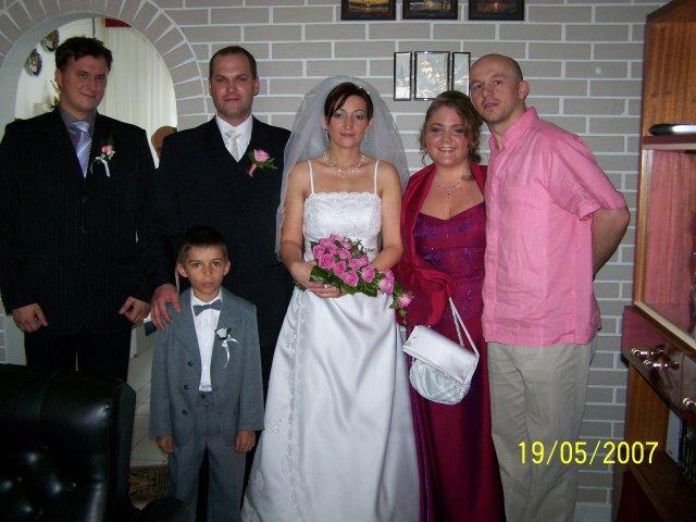 23.6.2007 - Predpripava!:)(na svedbe dvoch uzasnych cloviecikov,ktorych velmo lubime!