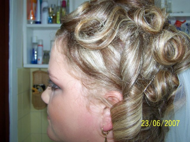 23.6.2007 - moj svadobny uces(Nadka Dorcikova-Martin)