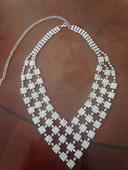 Mohutný štrasový náhrdelník,