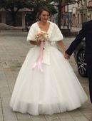 Svadobné šaty, slonovinová kosť , 36