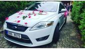 Ozdoba auta ženicha a nevěsty,