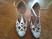 Strieborné tanečné topánky, 35