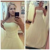 Princeznovské svatební šaty , 36
