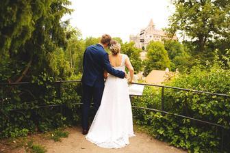 Svatební salon Momenty v Tišnově nebo Žďár - představa o šatech