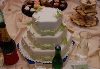 svatebni dort..