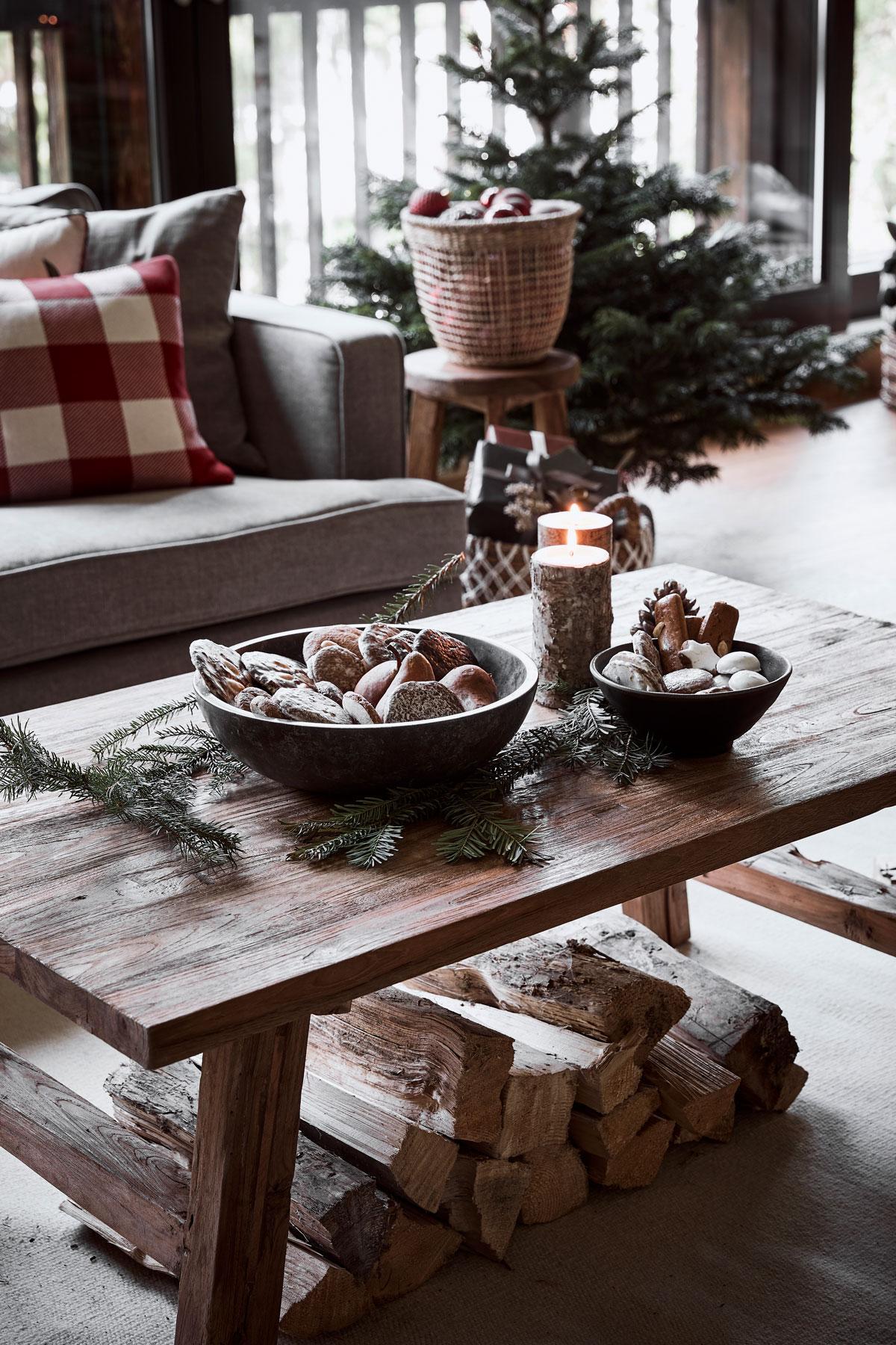 Rozprávkové Vianoce v dome s prvkami zo starej stodoly - Obrázok č. 2