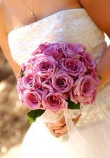 moc krásné kytičky, rozhoduji se mezi světle a tmavě růžovou...