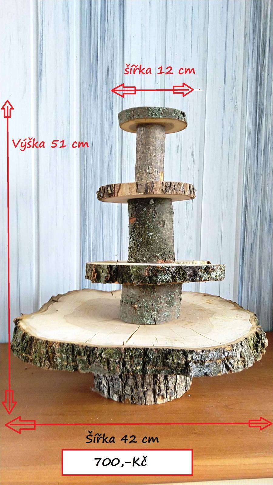 Patrový dřevěný stojan na svatební dort - Obrázek č. 1
