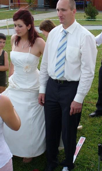 Naše svatební ladení - smetanová a modrá.