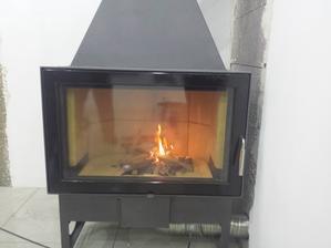 už horí prvý oheň ;-)