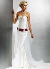 no a podla tohto modelu som si navrhla popolnočky sama,takže ina farba a strih sukienky