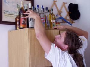 Brouček by už nejradši nějakou tu lahvinku otevřel :-)