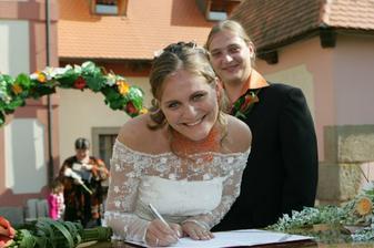 Můj první podpis jako paní Honomichlová..