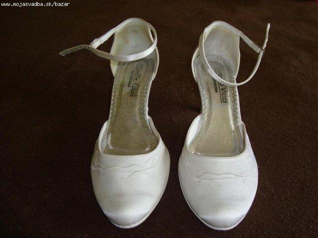 Hnedé šialenstvo 16.10.2010 - moje svetové svadobne topánočky už doma