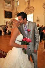 1.novomanželský polibek