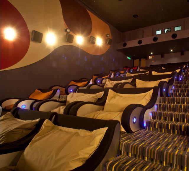 Bez slov a pre zábavu. - Chodíte do kina? V takomto ste ešte určite neboli! Kino BeaniePlex v Malajzii.
