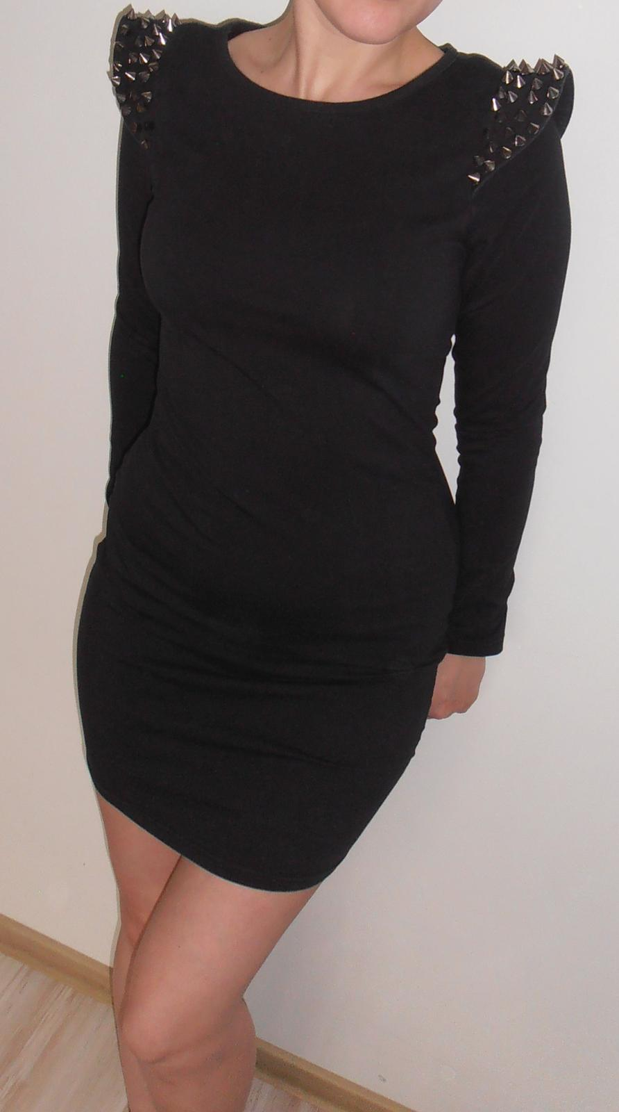 šaty s ostňami - Obrázok č. 2