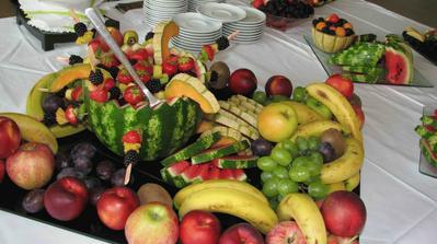 Ovocné stoly.