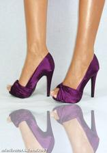 fialové topánočky