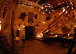 středověký hotel Dětenice, tady budeme spát během seznamování rodičů