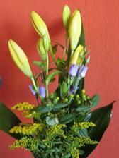 kytice k 2.výročí zasnoubení (30.4.2012)
