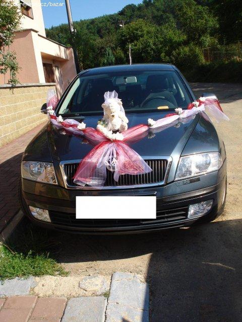 Janča a Jirka - přípravy na červenec 2012 - šerpa na auto nevěsty od hvezdicka07