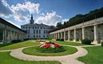 Janča a Jirka - přípravy na červenec 2012 - nakonec bude obřad v zahradě
