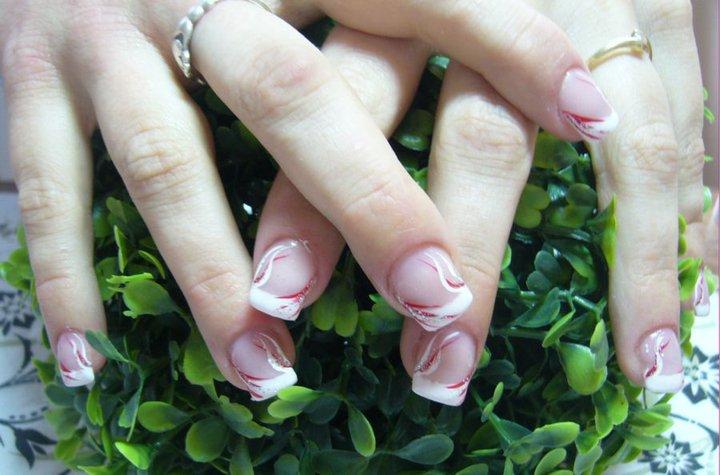 Janča a Jirka - přípravy na červenec 2012 - nakonec budou tyhle svatební nehty,zkouška 8.2.2011