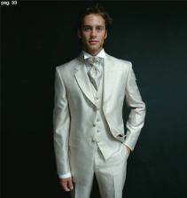 světlý oblek bude mít můj miláček