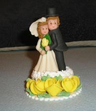 taketo figurky budeme mat na svadobnej torte, len ruzicky budu cervene
