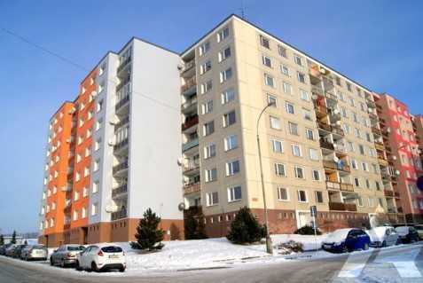 Dvougenerační panelákový byt = dvě jádra - Obrázek č. 1
