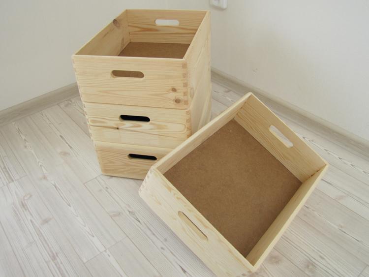 Bydlení - zařizování - Kdyby jste někdo chtěl, tak v Kaufu mají tyhle krásný krabičky za 90Kč. Jsou velký cca 30x40cm.