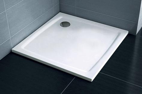 Dvougenerační panelákový byt = dvě jádra - Sháníme co nejnižší sprchovou vaničku. Jde nám o to aby se nemuselo zasahovat do vrstvy podlahy a byl co nejmenší přešlap :-/ Poradíte?