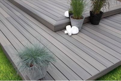 Zahrada - schodovitá terasa